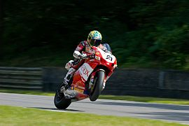 Troy Bayliss 2007 2.jpg